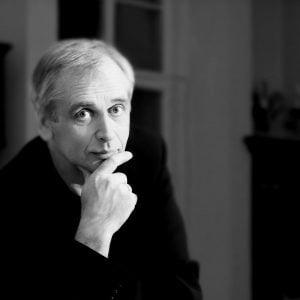 """Maestro G. Rinkevičius: """"Stengiuosi išnaudoti laiką naujų partitūrų mokymuisi"""""""