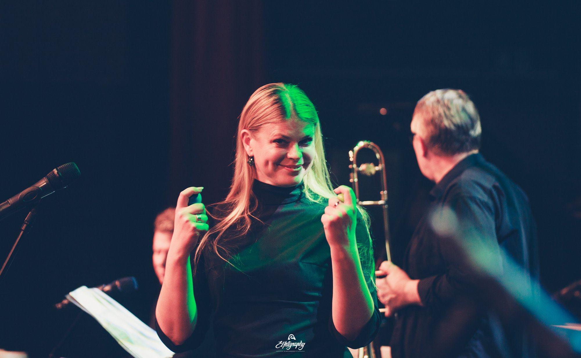 Loreta Sungailienė su trombonų ansambliu Vilniaus kongresų rūmuose supins folklorą ir džiazo melodijas