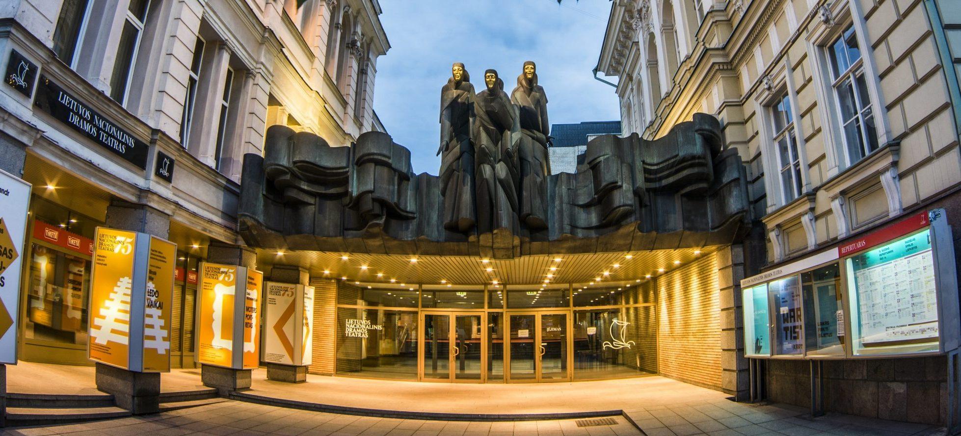 Nacionalinis dramos teatras kviečia klausytis pokalbių su teatralais