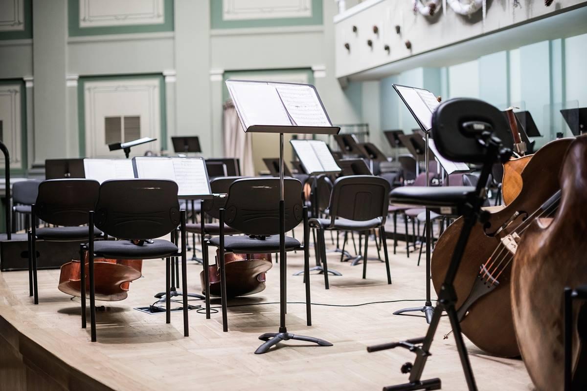 Koncertinės įstaigos: ar jos gali tapti pagalbos muzikos kūrėjams plano  dalis?