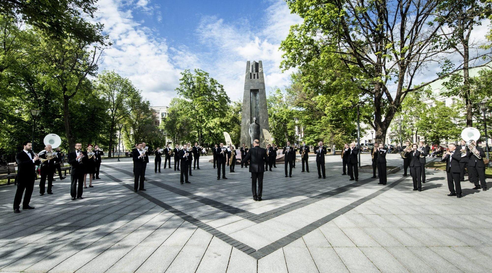 """""""Trimitas"""" vienas iš pirmųjų atvers didžiąją Vilniaus vasaros koncertų sceną"""