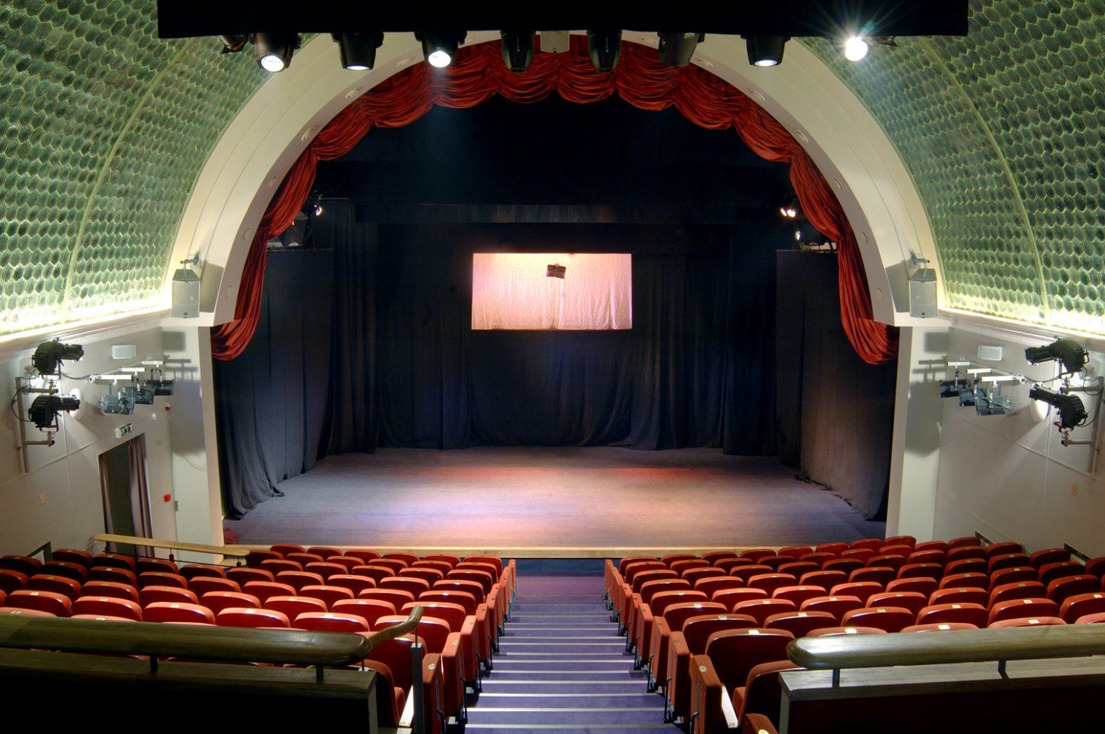 """""""DramaTest"""" – nauja teatro ir dramaturgijos bandymų erdvė"""