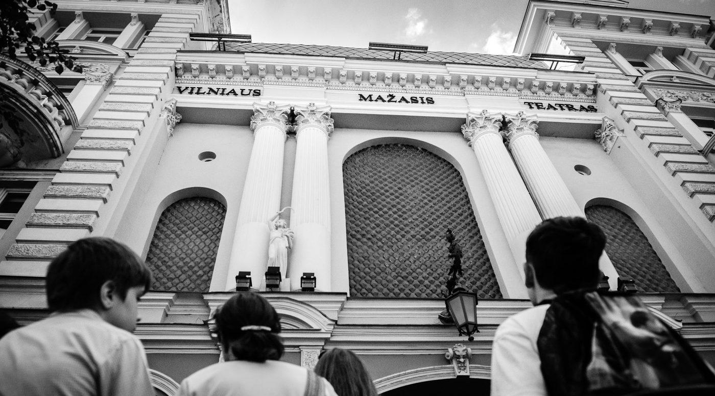 """""""DramaTest"""" bandymų erdvėje – šiuolaikinės lietuvių dramaturgijos proveržis"""