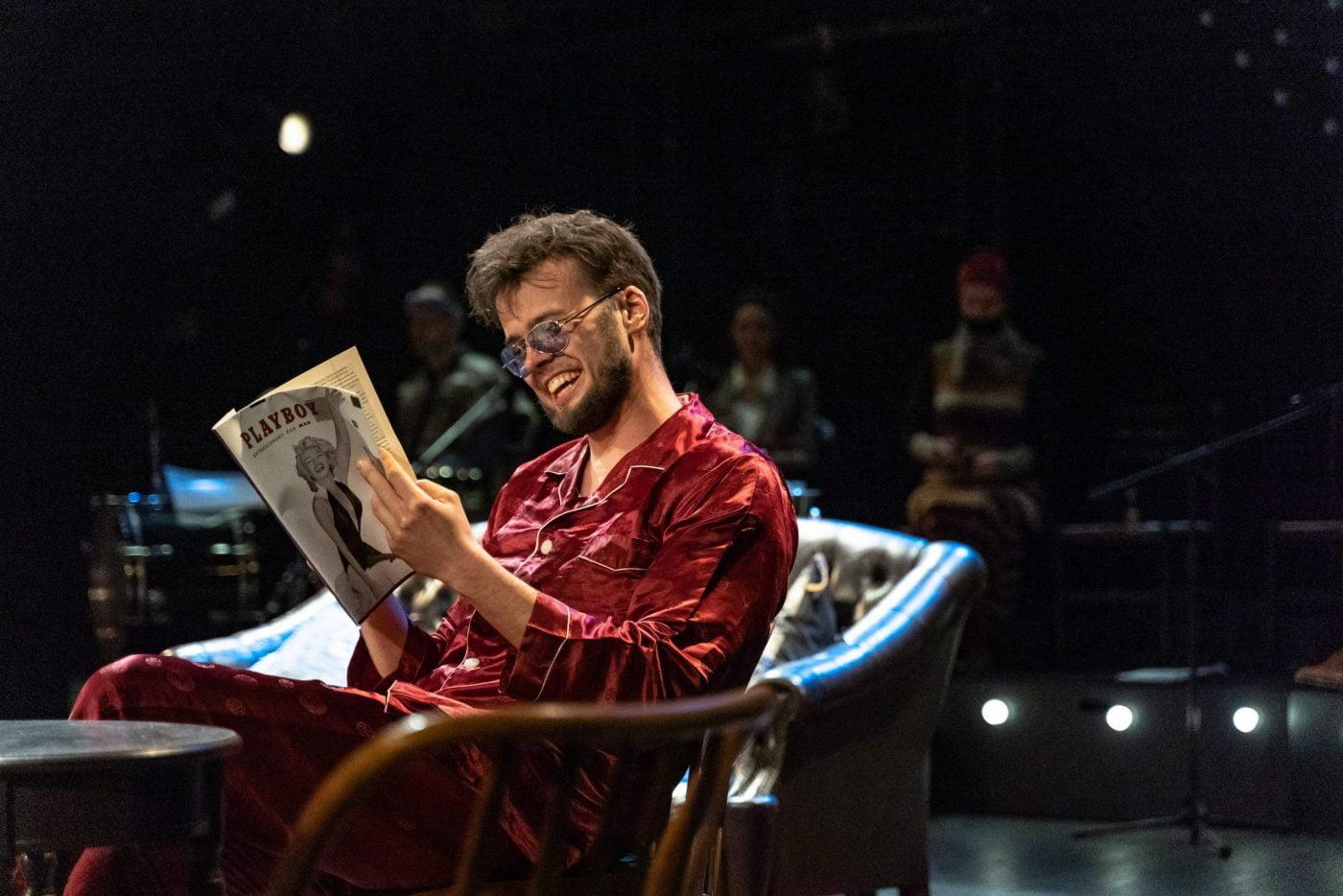 """Tarptautinę džiazo dieną Panevėžio teatre """"Menas"""" – spektaklio """"Oskaras"""" premjera"""