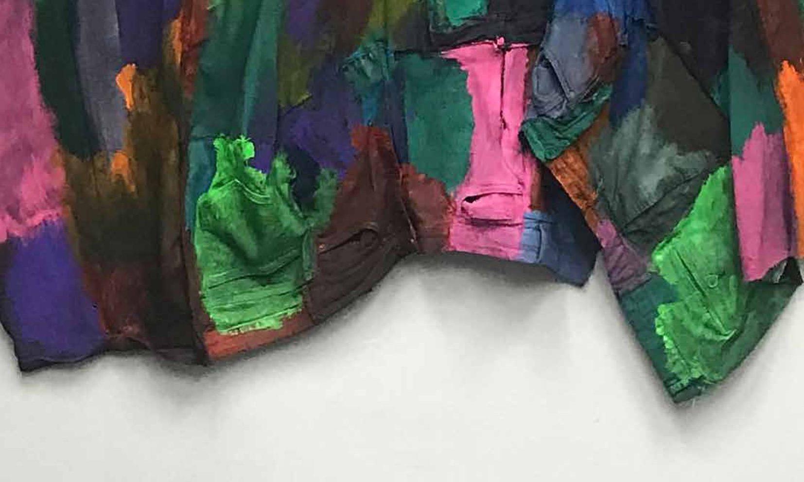 """""""Salò susitinka su Dionisu"""": asmeniniai, socialiniai ir politiniai kontekstai Deniso Kolomyckio parodoje"""